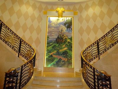 アンバサダーホテル 階段