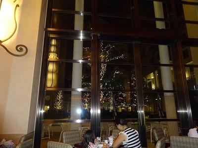 アンバサダーホテル ラウンジ 夜景